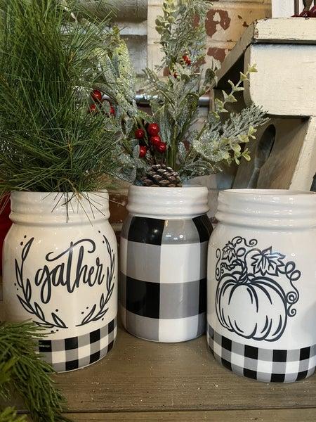 BLACK/WHITE PUMPKIN MASON JAR