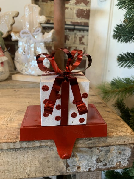 "5""H Metal White Glitter w/ Polka Dot Gift Box Stocking Holder"