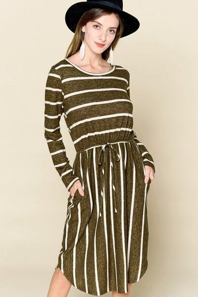 Self-Tie Waist Striped Swing Dress