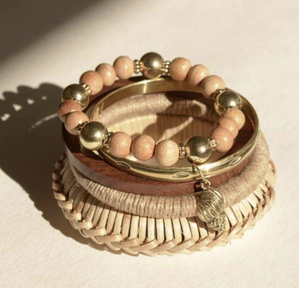 agnes wooden bangle set