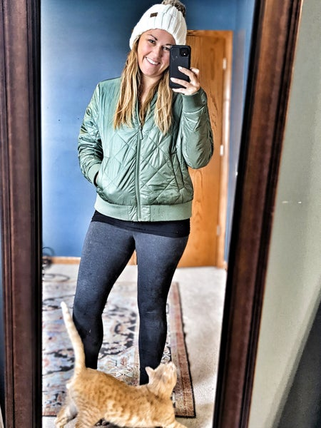 basic holiday leggings {ya know to eat in}