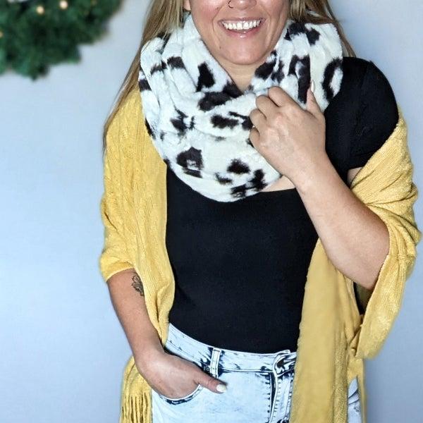 cozy WILDE scarf