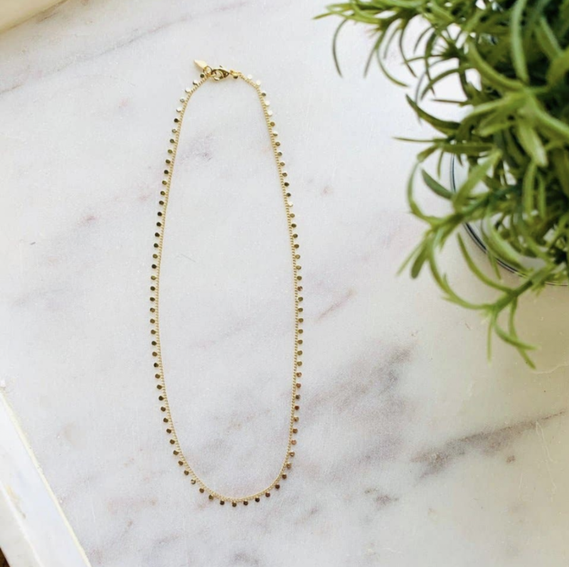 delicate gold choker {ems current fave}