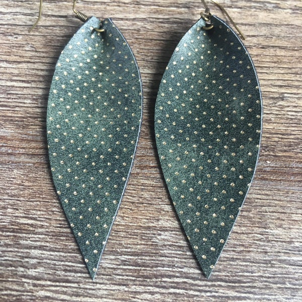 Green gold dotted leaf