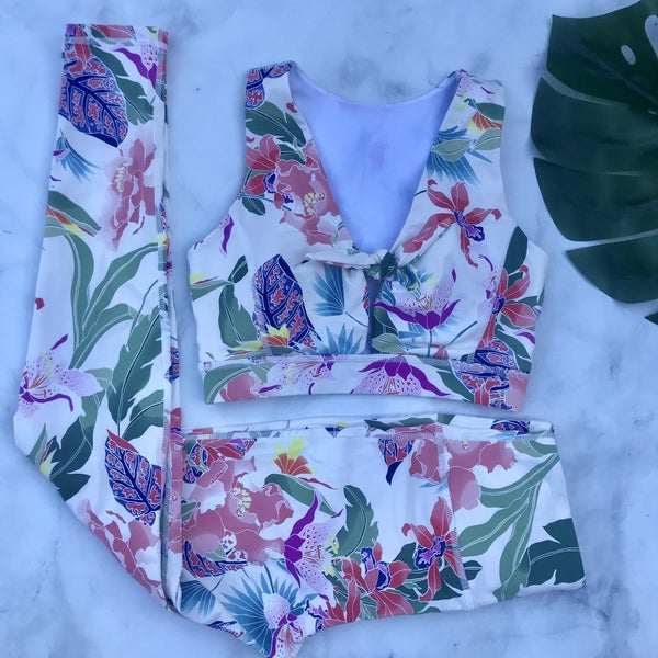 FLORAL LEI PRINT TIE FRONT BRA AND BOTTOMS