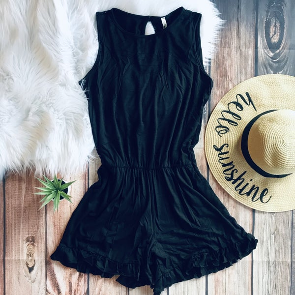 BLACK SOLID  ROMPER WITH RUFFLE DETAIL