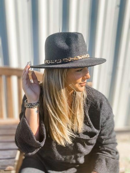 Black Leopard Belt Buckle Panama Hat