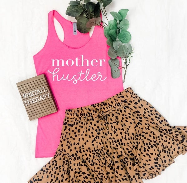 MOTHER HUSTLER GRAPHIC TEE