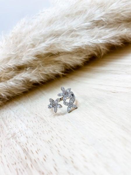 Hespera Flora Ring
