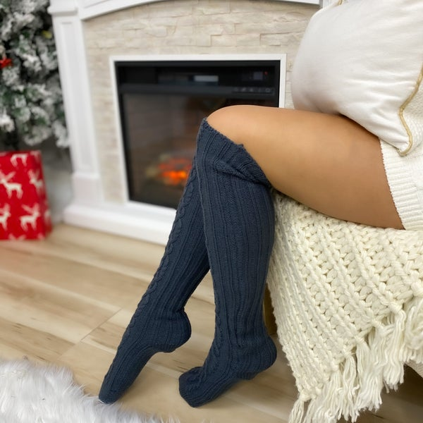Gray Cable Knit Knee High Socks