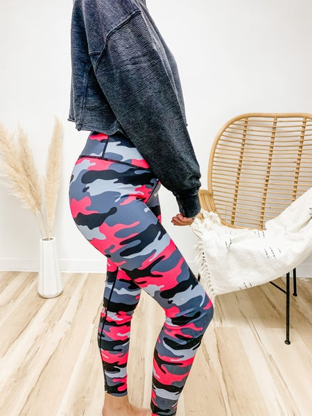Can't Hide Your True Colors Pink Camo Leggings