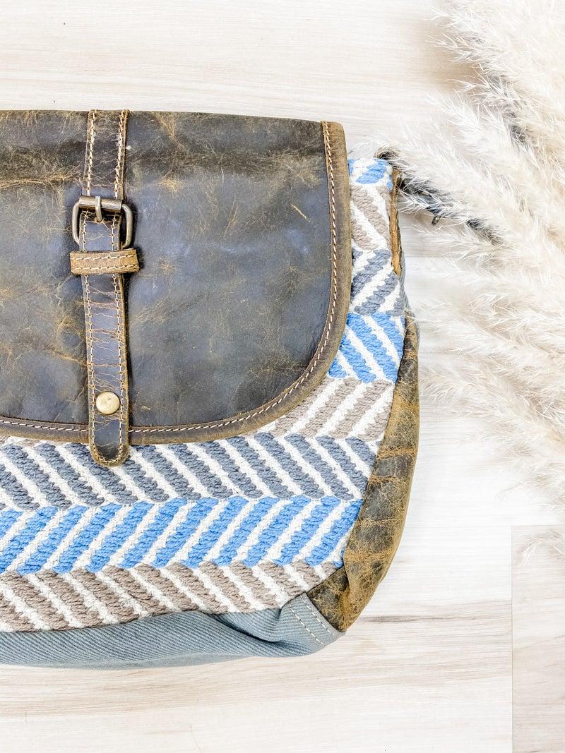 Winner Small Crossbody Bag