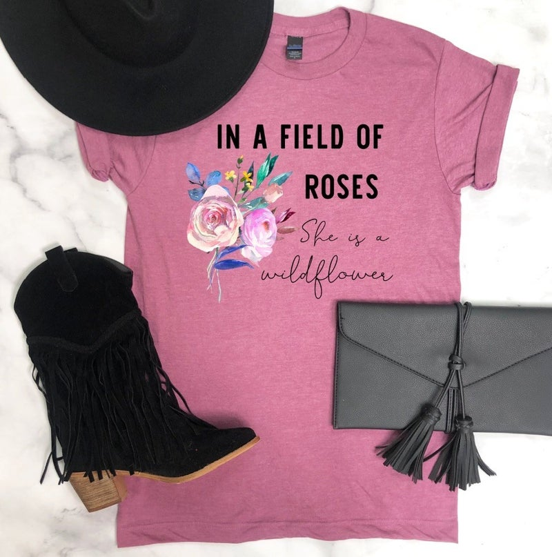 FIELD OF ROSES GRAPHIC TEE