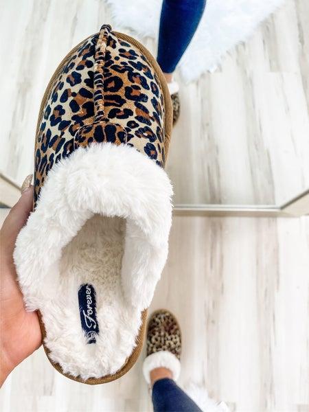 Slip On Leopard Fuzzy Slipper