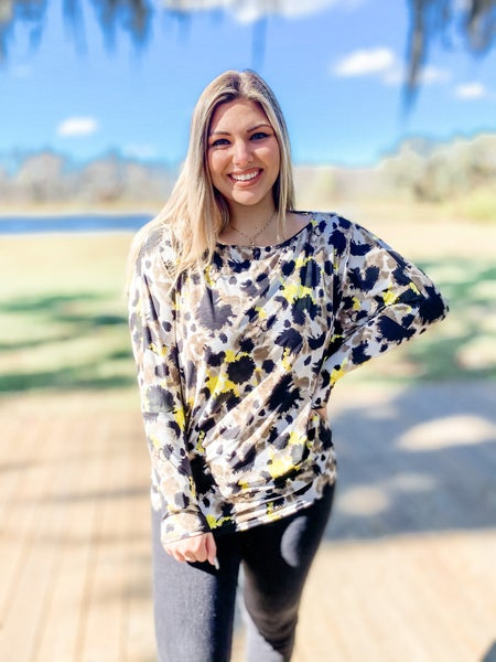 Catch Your Eye Yellow and Black Abstract Top