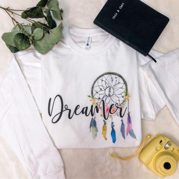 DREAMER LONG SLEEVE GRAPHIC TEE
