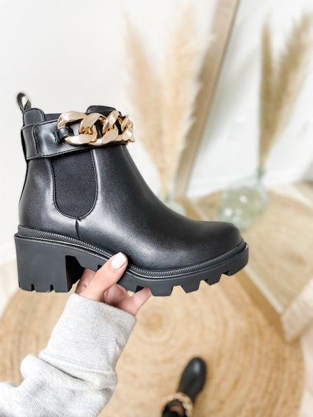 Steve Madden Chunky Chain Boots