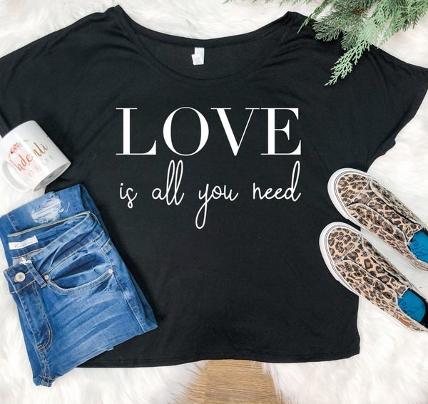 LOVE IS ALL YOU NEED GRAPHIC TEE