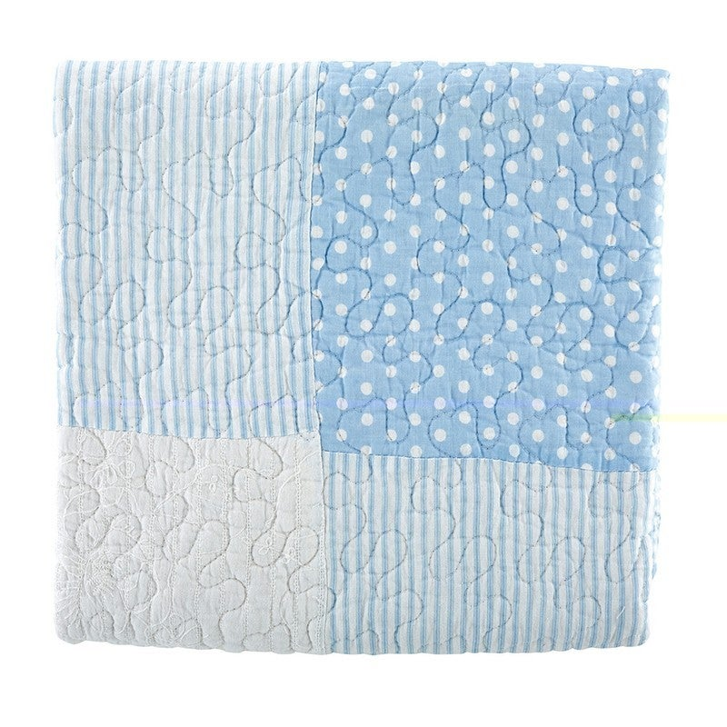 Baby Quilt Blue dot