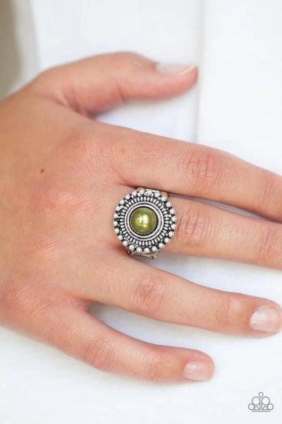 Regal Royal - Green Ring