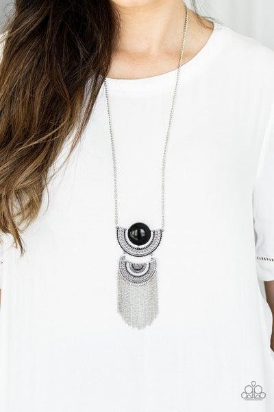 Desert Diviner - Black Necklace