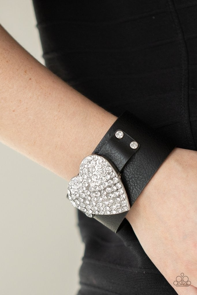 Flauntable Flirt - Black Snap Wrap - Life of the Party Exclusive July 2021
