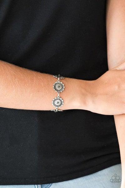 Funky Flower Child - Silver Clasp Bracelet