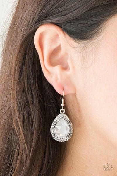 Grandmaster Shimmer - White Earrings