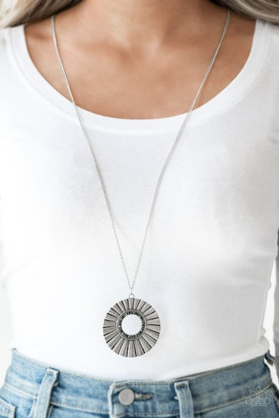 Chicly Centered - Silver Necklace