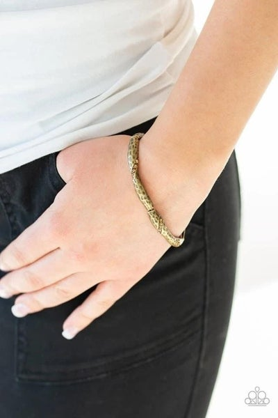 Watch Out For Ice - Brass Stretchy Bracelet
