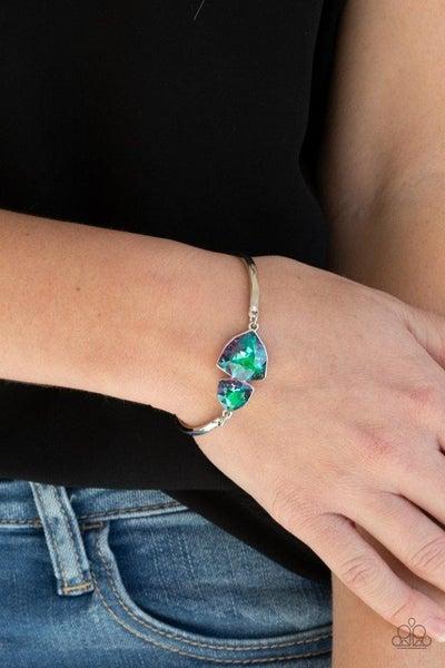 Deep Space Shimmer - Green Clasp Bracelet