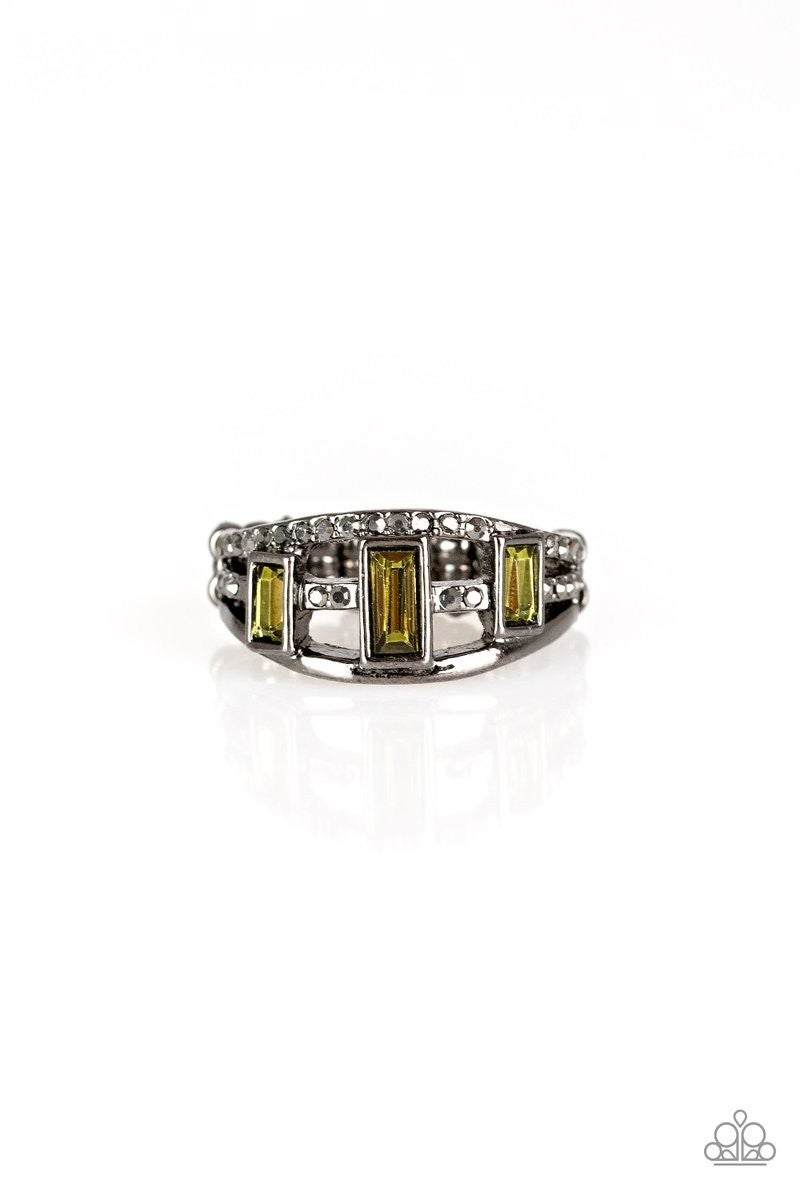 Noble Nova - Gunmetal/Green Ring
