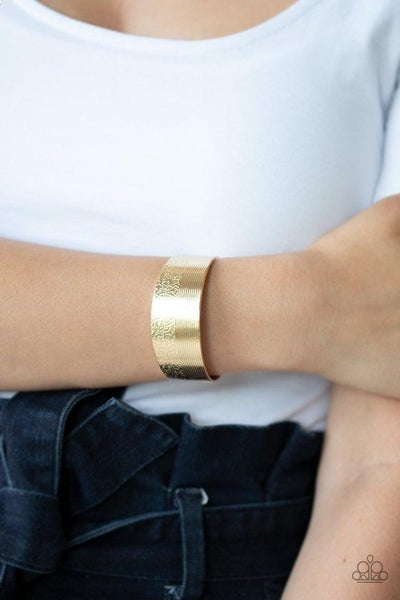 Mixed Vibes - Gold Cuff
