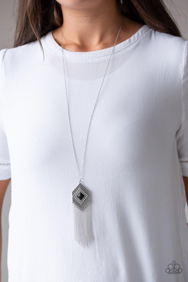 Work The ROAM - Black Necklace