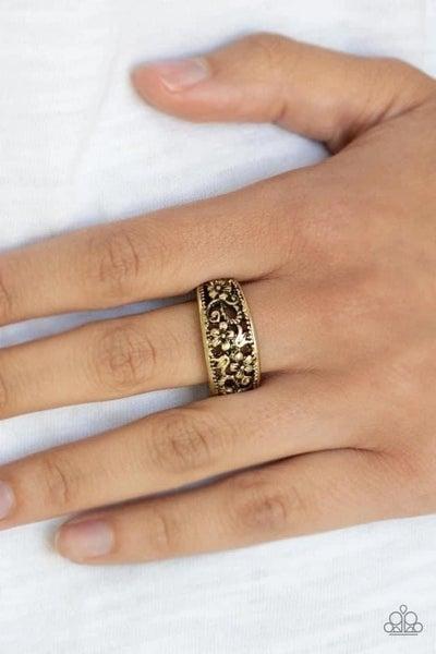 Breezy Blossoms – Brass Ring