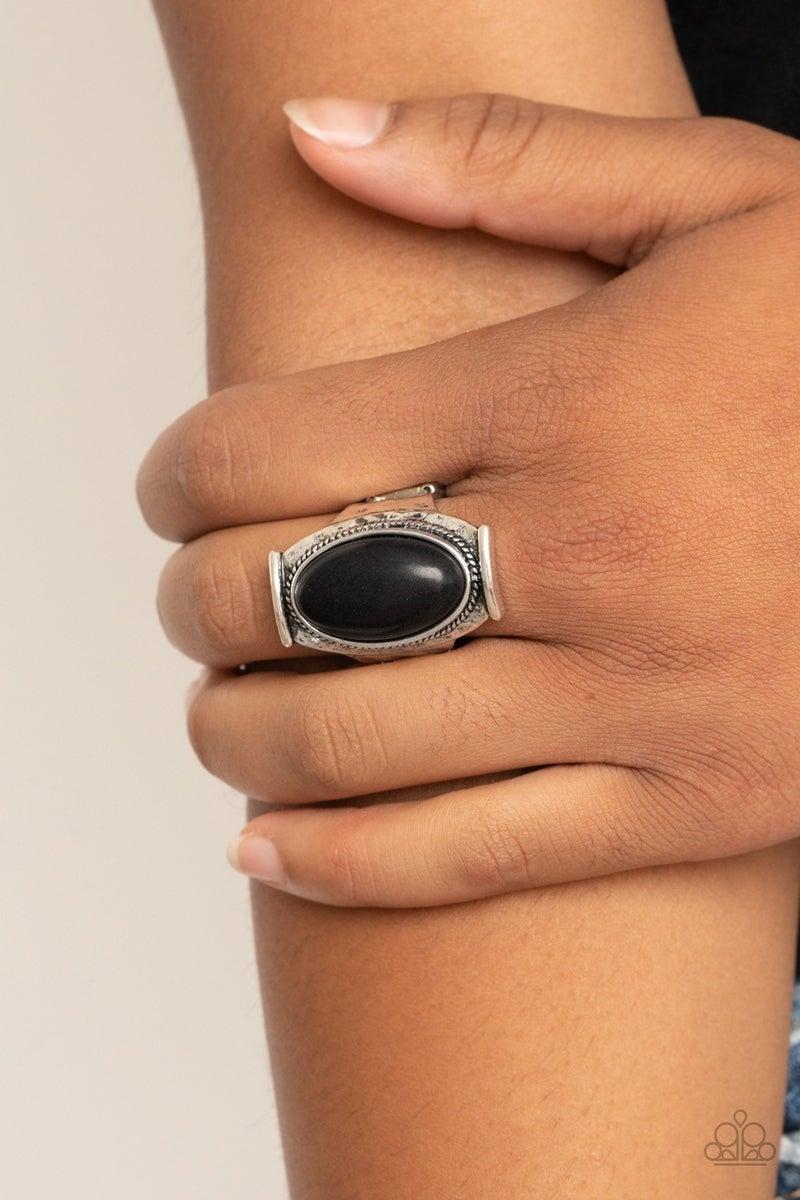 Desert Healer - Black Ring