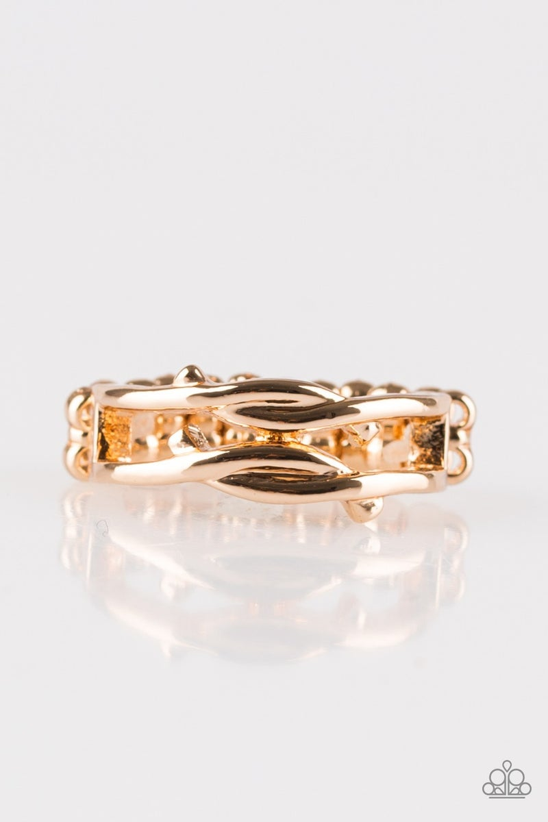 Very Vogue - Gold Ring