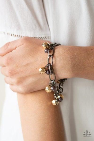 Make Do In Malibu - Gunmetal Clasp Bracelet