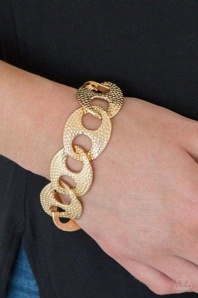 Casual Connoisseur - Gold Clasp Bracelet