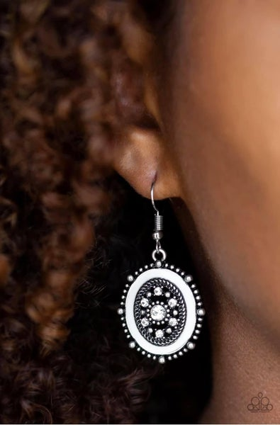 Picture of WEALTH - White Earrings