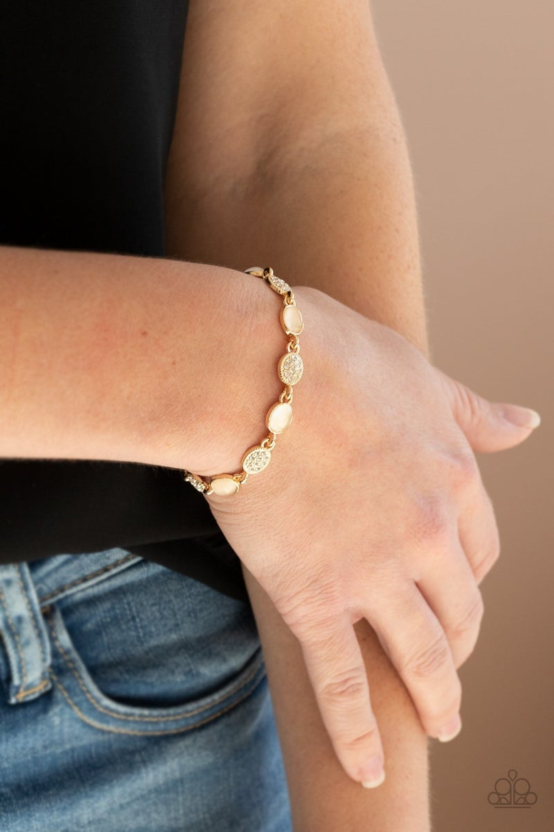 Stop and GLOW - Gold Clasp Bracelet
