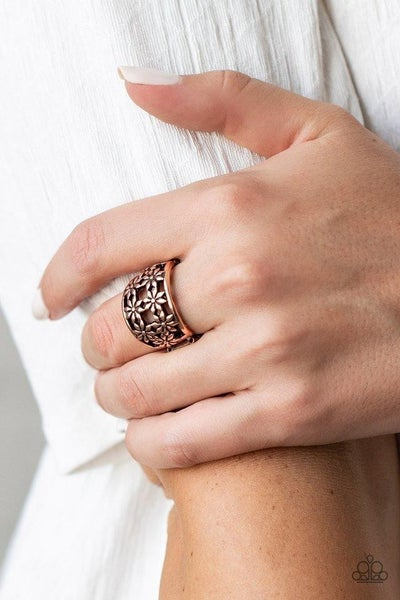 Crazy About Daisies - Copper Ring