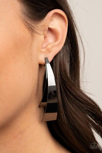 Underestimated Edge - Gunmetal Earrings