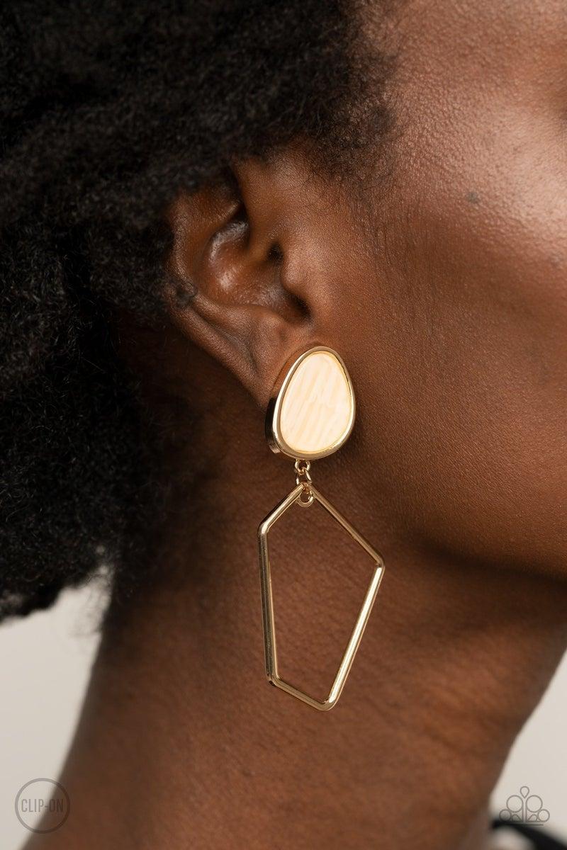 Retro Reverie - Gold Earrings