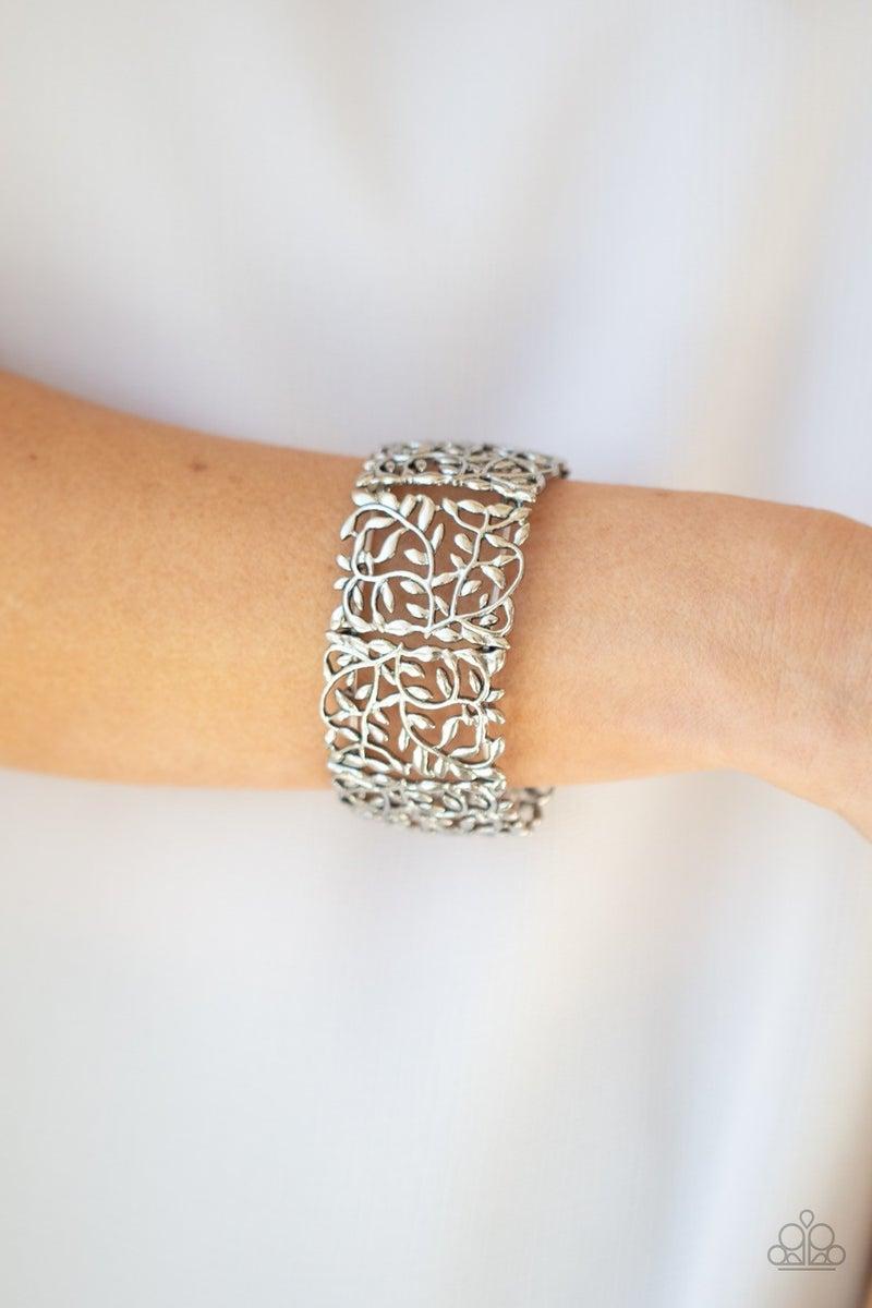 Verdantly Vintage - Silver Stretchy Bracelet