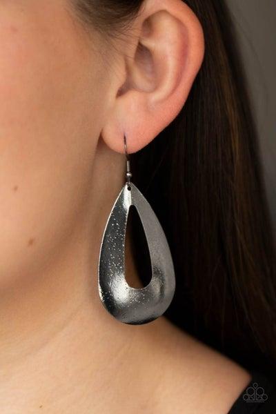 Hand It OVAL! - Gunmetal Earrings