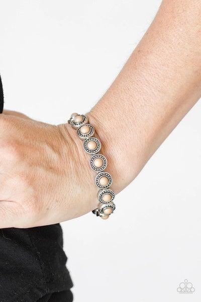 Globetrotter Goals - Brown Stretchy Bracelet