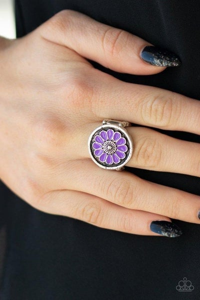 Garden View - Purple Ring