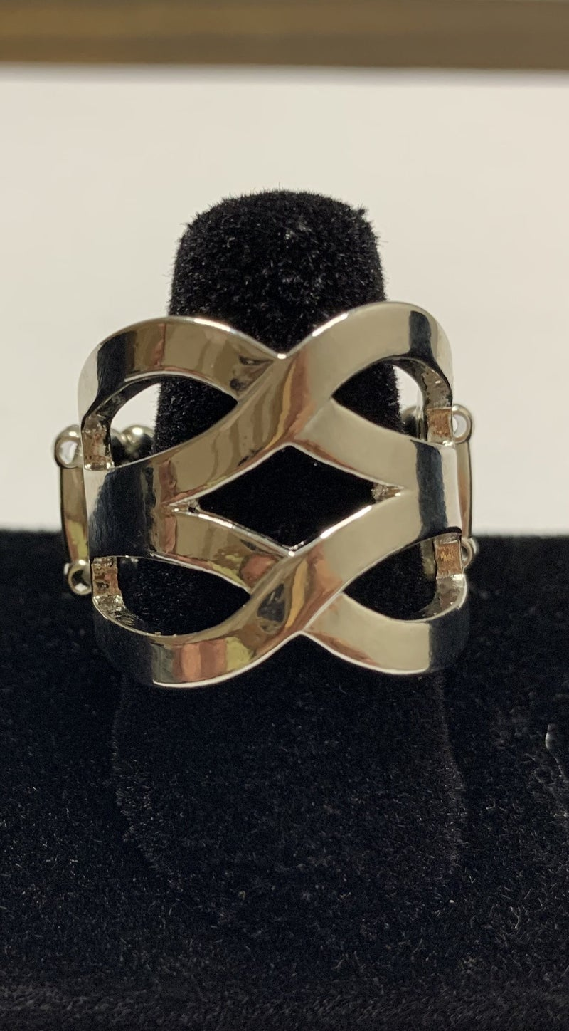 Cross Your Fingers - Silver Ring