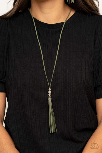 Hold My Tassel - Green Necklace